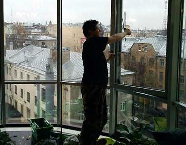 мытье балконов в спб